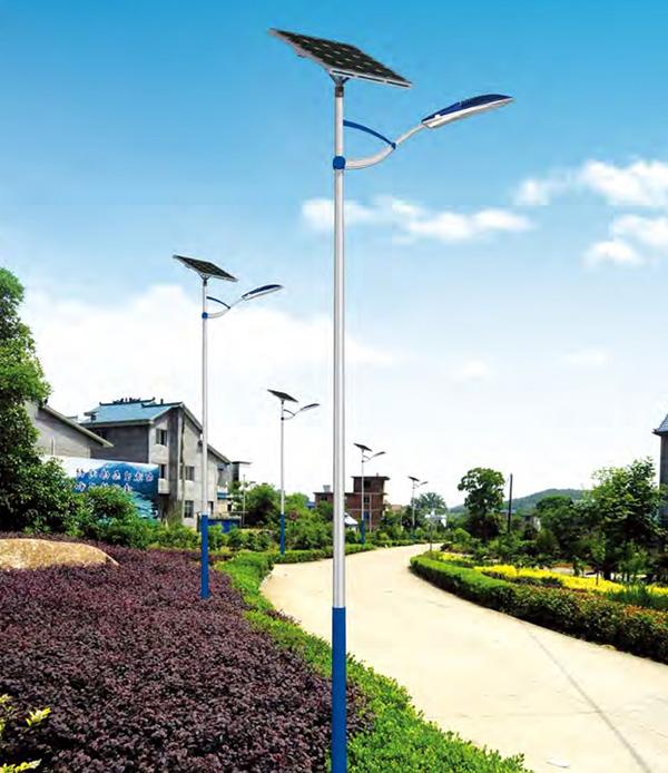 农村装太阳能路灯亮灯几个小时合适?